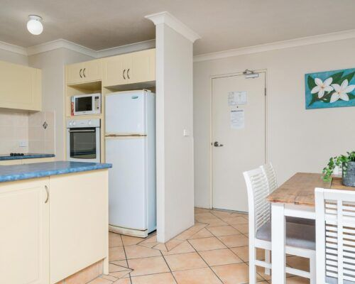 unit5-rainbow-bay-accommodation4